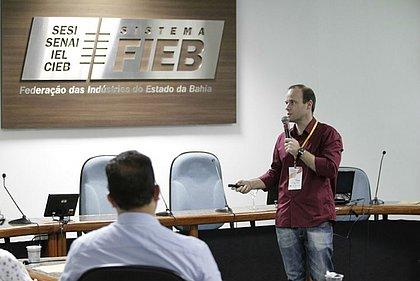 Juan Torres mostrou como o cidadão pode acessar dados públicos