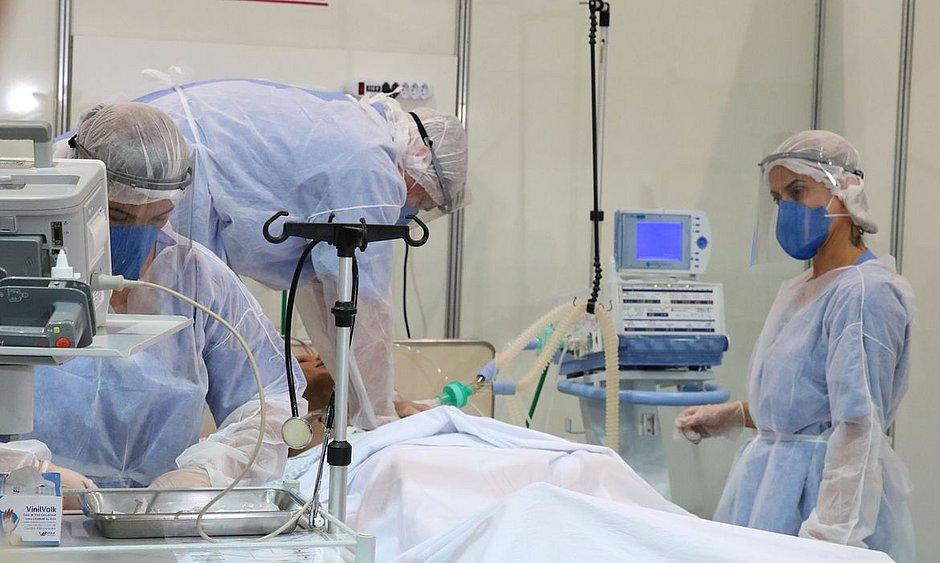 Pesquisa busca tecido com maior proteção contra o novo coronavírus