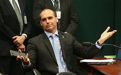 STF intima Eduardo Bolsonaro a se explicar por denúncia de ameaça