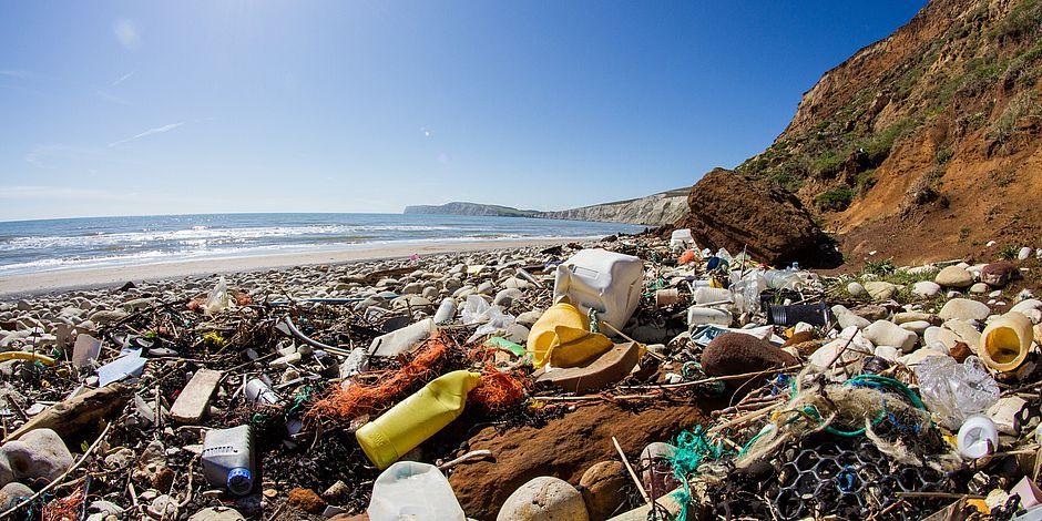 ONU faz campanha para reduzir o uso de plásticos no mundo