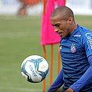Na reserva do Bahia, Nino despertou o interesse do Cruzeiro