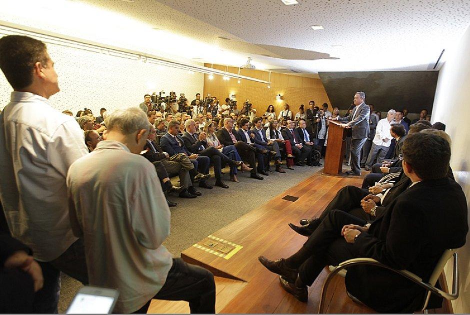 Anúncio do pacote de incentivo para as companhias aéreas foi feito pelo governador Rui Costa, na sede da Governadoria