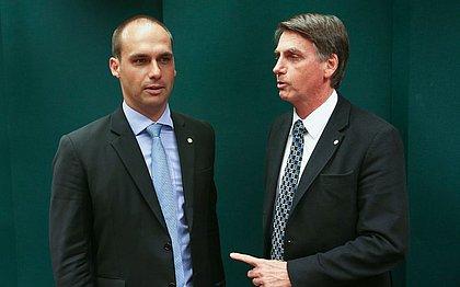 Bolsonaro deseja indicar seu filho, Eduardo, para ser embaixador nos EUA