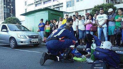 Morre mulher atropelada após descer de ônibus em Salvador