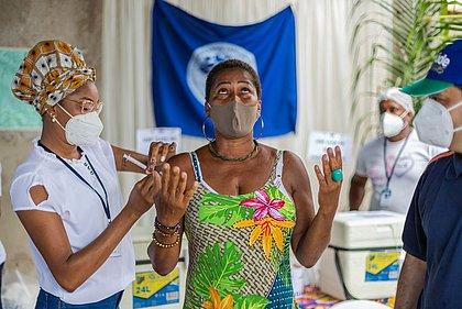 Vacinômetro: Bahia tem 84% da população adulta vacinada com ao menos uma dose