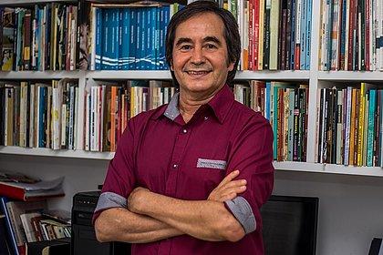 'A poesia é a vacina da alma', diz Aleilton Fonseca sobre novo livro