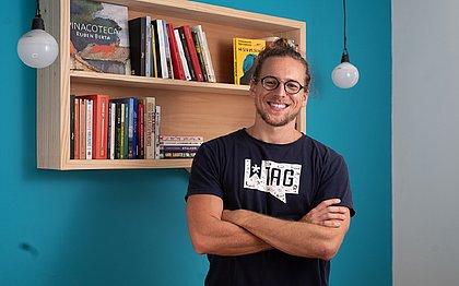 Arthur Dambros é um dos criadores da Tag - Experiências Literárias