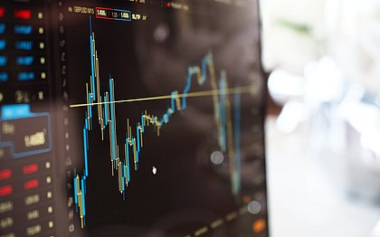 Quer entender como funciona o mercado financeiro? Tem muita coisa para estudar