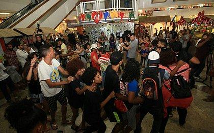 Forró no ar-condicionado: shoppings de Salvador oferecem programação junina