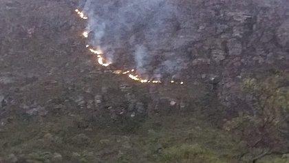 Incêndio ameaça as nascentes do Rio de Contas na Chapada Diamantina