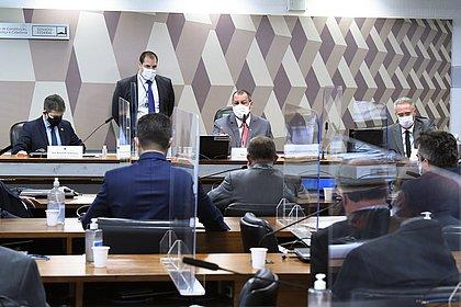CPI da Covid aprova depoimentos de nove governadores
