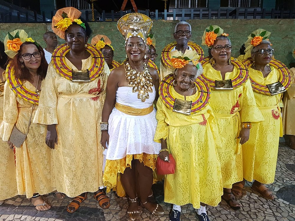 f059625135b59 Tempo real  tudo que está rolando nesta sexta-feira de Carnaval ...