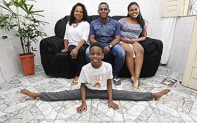 Família dá apoio ao menino de 10 anos
