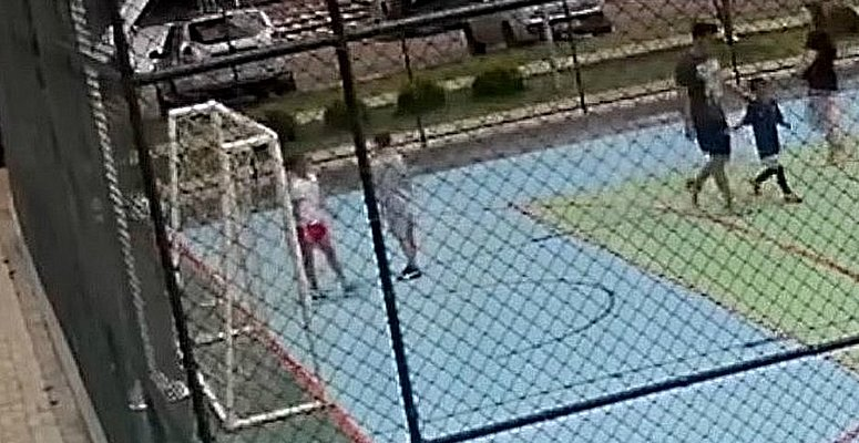 https://www.correio24horas.com.br/noticia/nid/extremamente-arrependidos-diz-defesa-do-casal-que-agrediu-baiano-de-6-anos-no-df/