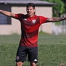 Léo Ceará está de volta ao elenco principal do Vitória