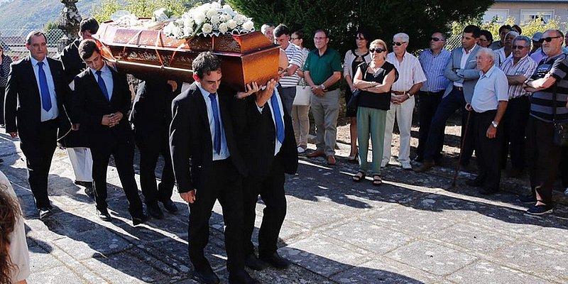 Caso Márcio Pérez: corpo de empresário é enterrado sob comoção na Espanha