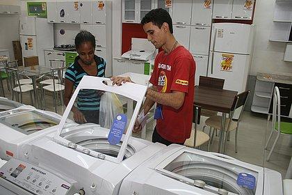 Bahia: cresce a presença de máquina de lavar roupa e cai a de computadores