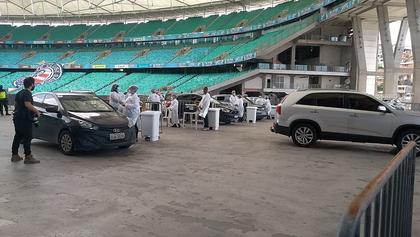 Imunização acontece dentro do estádio
