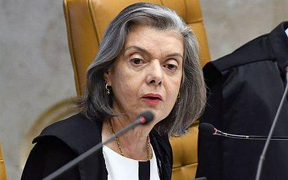 Cármen Lúcia manda TRF-4 soltar presos condenados em 2ª instância