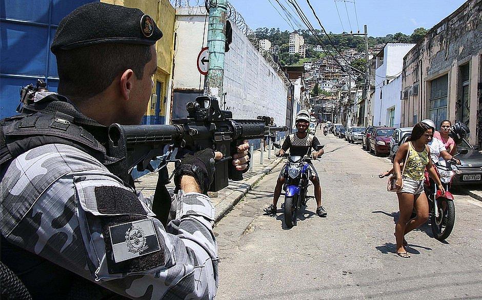 Governo Bolsonaro tira violência policial da lista de violações dos direitos humanos