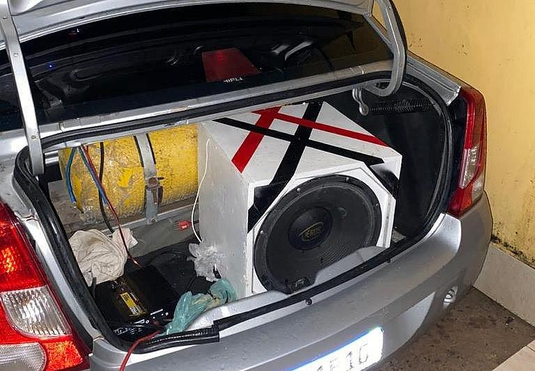Fiscalização conjunta encerra festas e apreende aparelhos de som em Camaçari