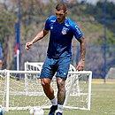 Fernandão usou as redes sociais para pedir mais tempo em campo pelo Bahia
