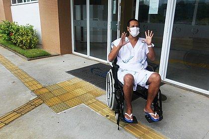 Morador de Itabepi recebe alta do Couto Maia após 22 dias internado