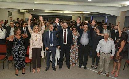 Cerca de 200 delegados entregam cargos em protesto contra PEC do teto de Rui