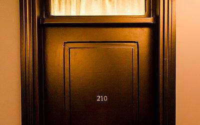 Portas originais foram restauradas e mantidas