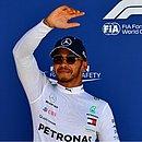 Lewis Hamilton lidera o Mundial de Fórmula 1