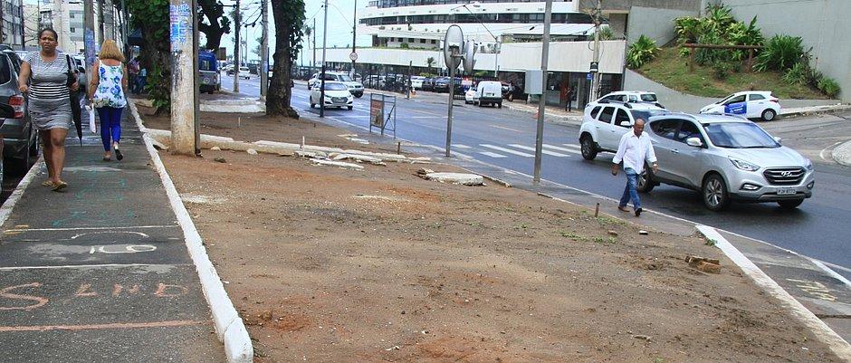 Neste trecho, Avenida Oceânica passa a ter sentido único: da Barra em direção à Avenida Adhemar de Barros