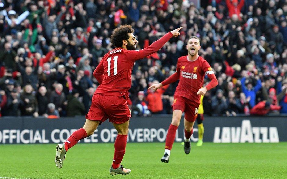 Com golaços de Salah, Liverpool vence Watford antes ir ao Mundial