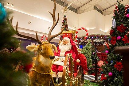 Decoração de Natal no Boulevard Shopping, em Camaçari