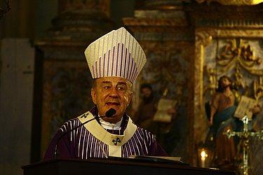 Arcebispo durante a missa em homenagem ao centenário de batismo de Irmã Dulce, em 2014