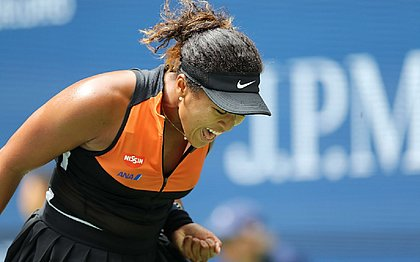Atual campeã, Naomi Osaka sofre para bater russa no US Open