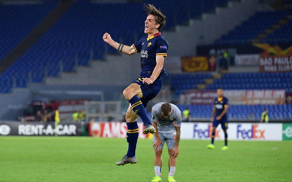 Roma, United e Porto estreiam com vitória em casa na Liga Europa