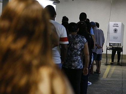 TSE lança campanha para defender urna eletrônica