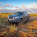 A Nissan Frontier XE foi avaliada por 1.700 quilômetros na Bahia. Nessa imagem, aparece em uma área irrigada em uma fazenda no Sudoeste do estado
