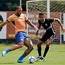 Fernandão marcou um dos gols do jogo-treino contra o Olímpia