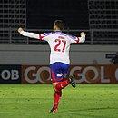 Jonas comemora gol que impediu a derrota tricolor para o Bragantino, em São Paulo