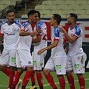 Jogadores do Bahia comemoram goleada por 4x0 contra o Fortaleza, no estádio Castelão