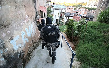 Policiais revistarão todo mundo que tentar acessar o Nordeste de Amaralina