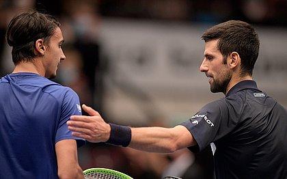Lorenzo Sonego bateu Novak Djokovic no Torneio de Viena