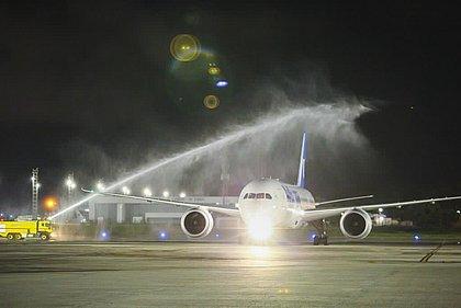 Chegada de voo vindo de Madri marca retorno da Air Europa a Salvador