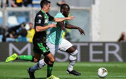 Em jogo de sete gols, Inter de Milão passa pelo Sassuolo