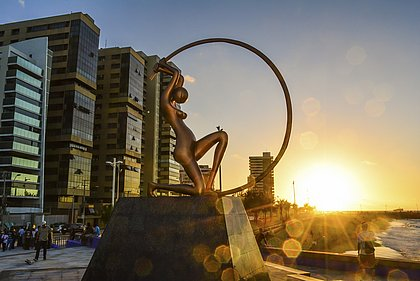 Com variedade de atrações turísticas, a capital cearense é um dos principais destinos turísticos no nordeste do Brasil