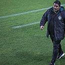 Técnico não suportou a pressão após quatro derrotas no início do Brasileiro