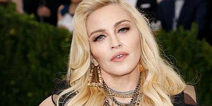 Madonna usa redes sociais para dar pistas sobre o 14º álbum da carreira