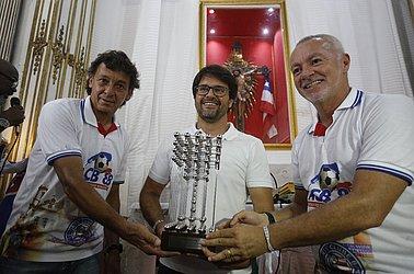 Pereira, o atual presidente Guilherme Bellintani e Bobô