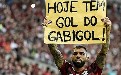 Gabriel, o 'Gabigol', usou o cartaz também na partida contra o Palmeiras no Maracanã